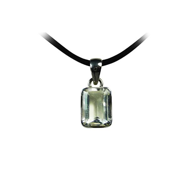 quartz blanc ou cristal de roche